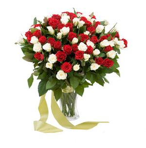 Mix of 79 red and white roses ― Ukrflower - flower delivery