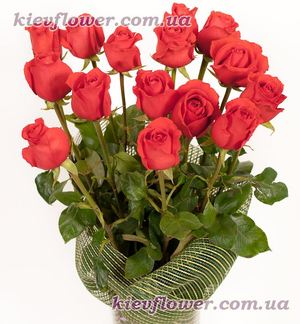 Bouquet of 15 red roses ― Ukrflower - flower delivery