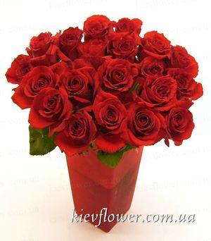 "Bouquet of roses ""Arrow of Cupid"" ― Ukrflower - flower delivery"